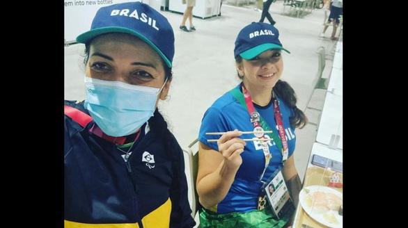 Chuyện thú vị về hai cặp gia đình cùng tranh tài ở Paralympic Tokyo - Ảnh 2.