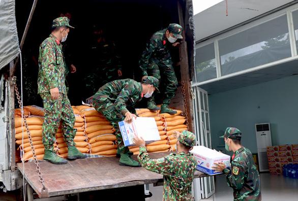 Đồng Tháp gửi hàng hóa, nông sản đến TP.HCM và Bình Dương - Ảnh 1.