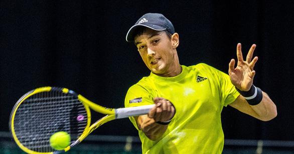 Đánh bại cựu tay vợt hạng 39 thế giới, Antoine Hoàng vào vòng đấu chính Giải Mỹ mở rộng 2021 - Ảnh 1.