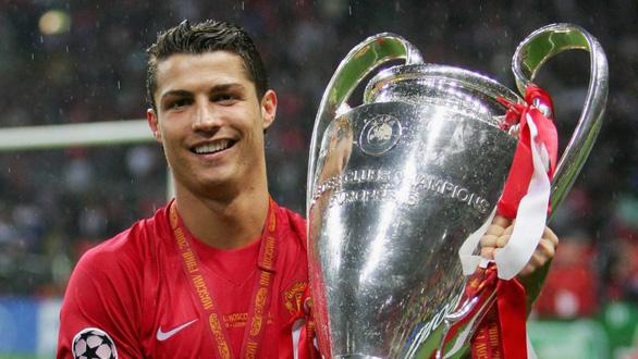 Mua Ronaldo, Manchester United không còn thích... Photoshop - Ảnh 1.