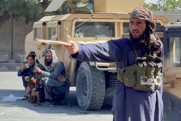 هشدار آمریکا: حملات بیشتر به فرودگاه کابل - عکس 1.