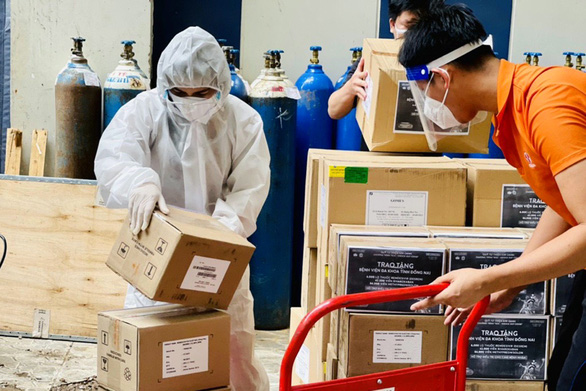 Đồng Nai tiếp nhận 6.000 lọ thuốc Remdesivir hỗ trợ điều trị COVID-19 - Ảnh 1.