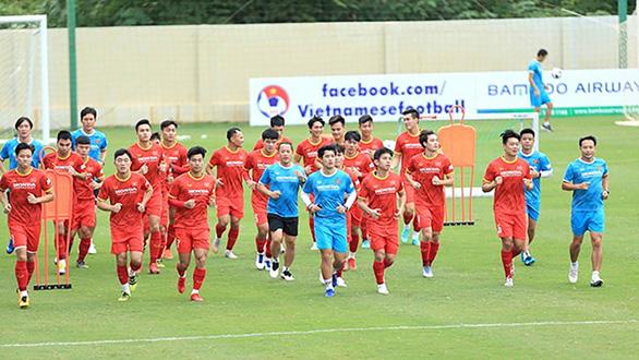 Bình luận viên Quang Tùng: Chờ hình ảnh xuất thần ở Asian Cup 2019 - Ảnh 1.