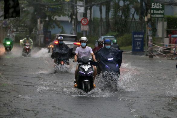 Nam Bộ, Nam Trung Bộ và Tây Nguyên mưa lớn đến 3-9 - Ảnh 1.