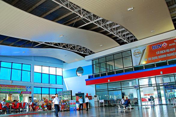 Chưa đầu tư nhà ga công suất 3 triệu khách/năm tại sân bay Đồng Hới - Ảnh 1.