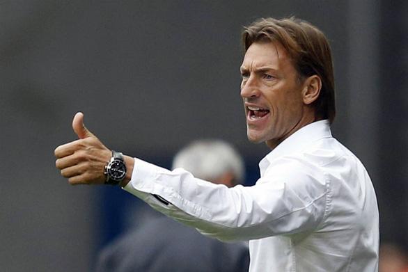 HLV Herve Renard từ V-League đến đấu trường World Cup - Ảnh 1.