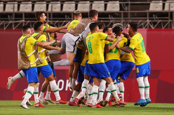 Đánh bại Mexico trên chấm luân lưu, Brazil vào chung kết Olympic Tokyo - Ảnh 4.