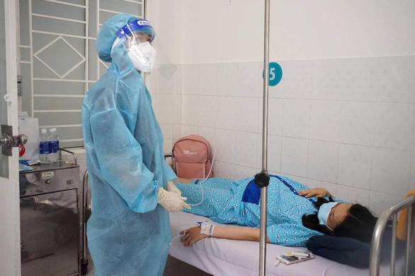 Ở nơi chăm sóc, điều trị cho 120 sản phụ mắc COVID-19 - Ảnh 2.
