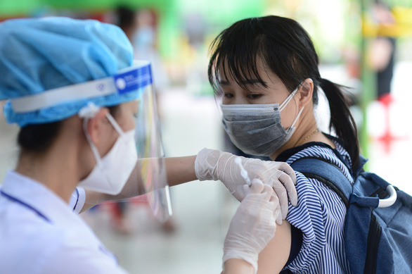 Tối 3-8: Cả nước có 4.851 ca COVID-19 mới, thêm 3.866 người khỏi bệnh - Ảnh 1.