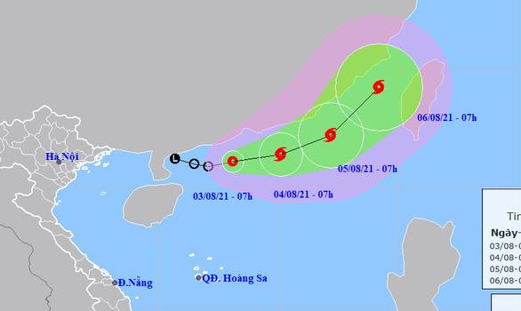 Áp thấp nhiệt đới khả năng thành bão, miền Bắc nóng gay gắt 3-4 ngày - Ảnh 1.