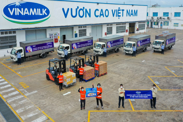 Vinamilk trợ giá mùa dịch bằng cách hỗ trợ quà tặng gần 170 tỉ đồng - Ảnh 5.