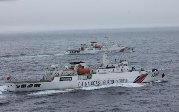 Trung Quốc kiểm soát đi lại ở Biển Đông - Ảnh 1.