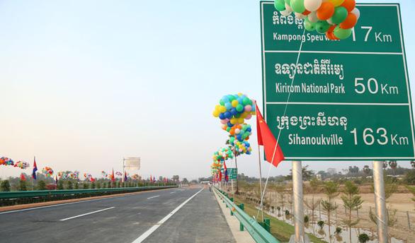Trung Quốc thành chủ nợ lớn nhất của Campuchia - Ảnh 1.