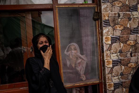 10 người một nhà ở Afghanistan chết vì đòn không kích phủ đầu IS-K của Mỹ? - Ảnh 1.