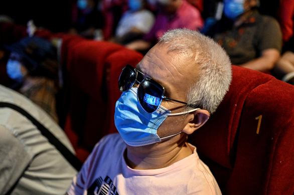 Rạp phim đặc biệt cho người khiếm thị - Ảnh 1.