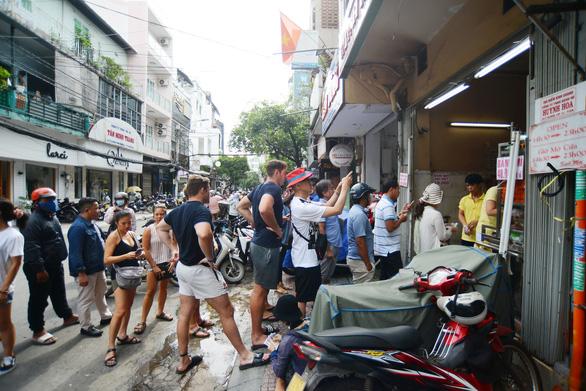 Hiến kế TP.HCM nâng tầm quốc tế: Hương vị Việt, bếp ăn thế giới - Ảnh 1.