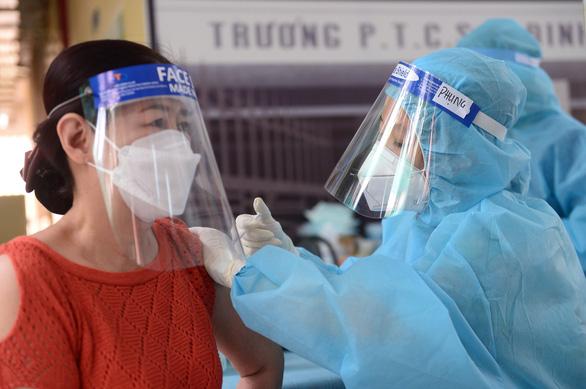 TP.HCM: Thêm 2.778 bệnh nhân xuất viện trong ngày, không phát hiện ổ dịch mới - Ảnh 1.