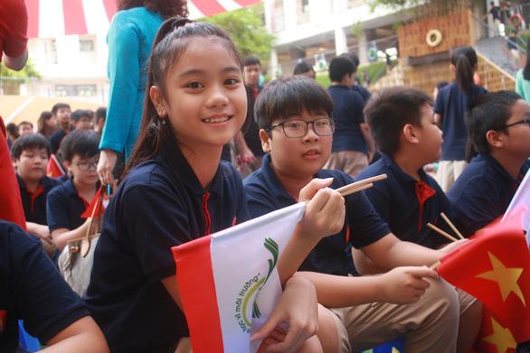 Tựu trường sớm nhất ngày 1-9, học sinh lớp 1 có thể đến trường từ 23-8 - Ảnh 1.