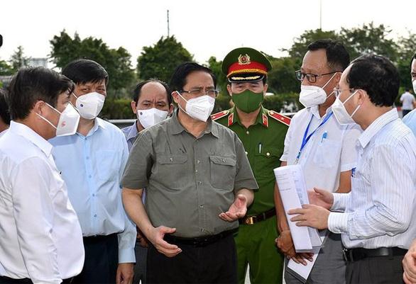 Thủ tướng Chính phủ phân công nhiệm vụ trong chỉ đạo, điều hành phòng chống dịch COVID-19 - Ảnh 1.
