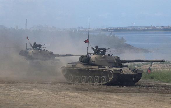 Chính quyền Biden thông qua thương vụ bán vũ khí đầu tiên cho Đài Loan - Ảnh 1.