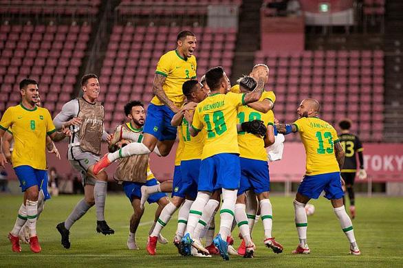 Chuyên gia bóng đá thế giới dự đoán: Chung kết bóng đá nam, Brazil thắng Tây Ban Nha - Ảnh 1.