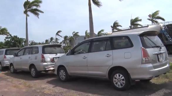 Một số xe hơi chở 'chui' người về Phú Yên, có người đã dương tính - Ảnh 1.
