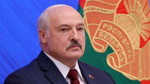Tổng thống Mỹ Biden ra sắc lệnh trừng phạt Belarus - Ảnh 1.