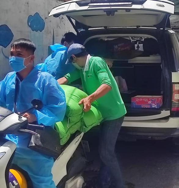 Lâm Vũ đưa hành trình thiện nguyện vào MV Người Sài Gòn - Ảnh 4.