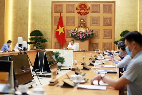 Phó thủ tướng Lê Văn Thành: Không được để thiếu điện, dự án vướng ở đâu gỡ ở đó - Ảnh 1.