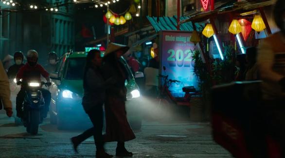 Cầu Rồng, Đà Nẵng xuất hiện trong phim hành động Mỹ có đả nữ gốc Việt Maggie Q - Ảnh 5.