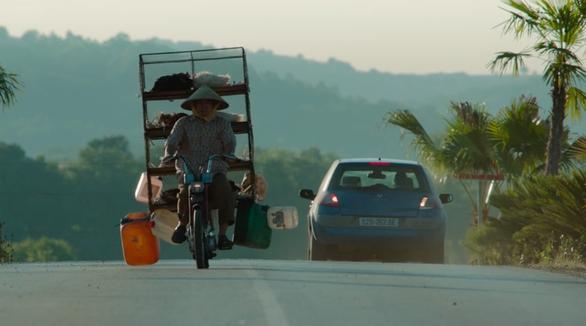 Cầu Rồng, Đà Nẵng xuất hiện trong phim hành động Mỹ có đả nữ gốc Việt Maggie Q - Ảnh 6.