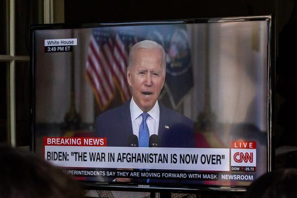 Ông Biden: Tổng thống Afghanistan bỏ trốn giữa những tham nhũng và bất lương - Ảnh 1.