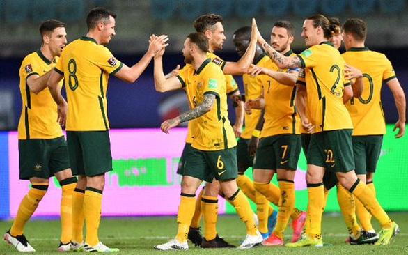 Úc quyết lấy 3 điểm trước Trung Quốc - Ảnh 1.