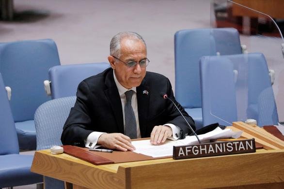 Đại sứ Afghanistan tại Liên Hiệp Quốc tố cáo Taliban vi phạm nhân quyền - Ảnh 1.