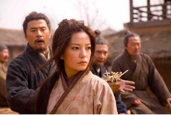 Phim kinh điển của Triệu Vy được lục lại sau 2 tuần cô mất tích - Ảnh 4.