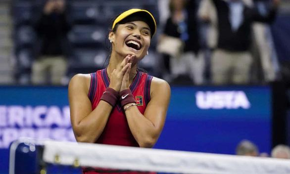 Quần vợt Mỹ mở rộng: Hai tay vợt trẻ măng vào chung kết nữ - Ảnh 1.