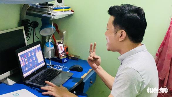 Gian nan học online, thầy cô băng rừng giao bài cho học sinh - Ảnh 2.