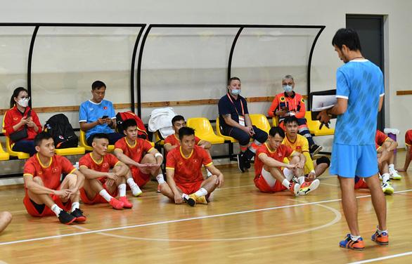 Đội tuyển futsal Việt Nam nỗ lực đạt kết quả tốt dành tặng người hâm mộ - Ảnh 2.