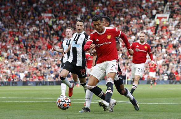 Ronaldo lập cú đúp, Manchester United đánh bại Newcastle 4-1 - Ảnh 3.