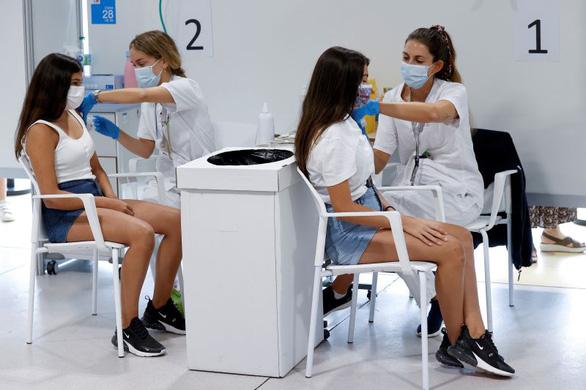 50 triệu liều vắc xin HIPRA mua của Tây Ban Nha có gì đặc biệt? - Ảnh 1.