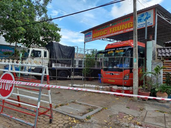 Ninh Thuận: Khởi tố vụ lái xe mắc COVID nhưng được qua chốt kiểm dịch - Ảnh 1.