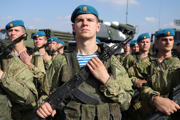 Nga dùng robot chiến đấu trong tập trận cùng Belarus - Ảnh 1.