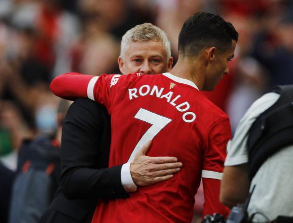 Hãy để dành lời khen khi Ronaldo làm được chuyện lớn cho M.U! - Ảnh 3.