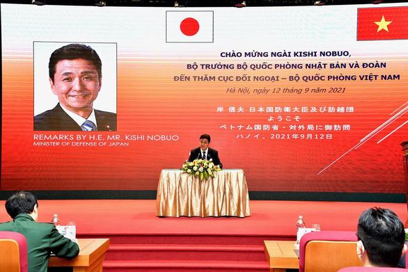 Bộ trưởng Quốc phòng Kishi: Nhật Bản ở cùng thuyền với Việt Nam - Ảnh 1.