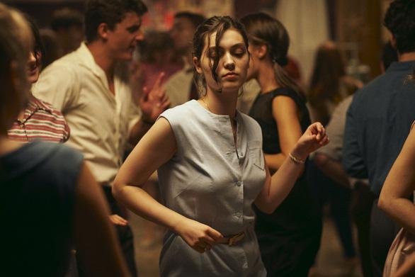 Phim về trải nghiệm phá thai đau đớn giành Sư tử vàng tại Liên hoan phim Venice - Ảnh 3.