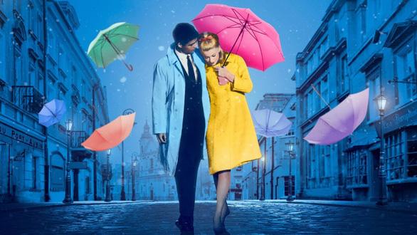 The Umbrellas Of Cherbourg: Tình yêu đã đi đâu? - Ảnh 3.