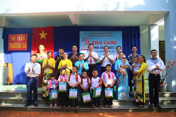 3 trường ở huyện đảo Trường Sa khai giảng năm học mới - Ảnh 1.