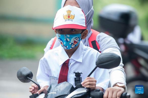 Ca nhiễm mới của Indonesia giảm hơn 20 lần trong 2 tháng - Ảnh 1.