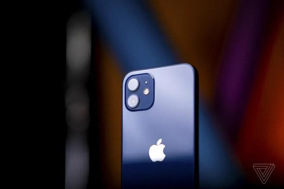Rò rỉ tin chiếc iPhone đầu tiên có bộ nhớ 1TB ra mắt ngày mai - Ảnh 1.