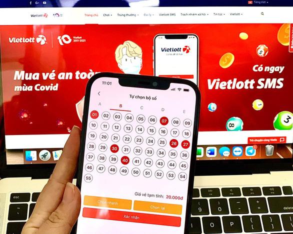 Ở nhà chống dịch vẫn 'ẵm' Jackpot hơn 14 tỉ đồng nhờ Vietlott SMS - Ảnh 2.